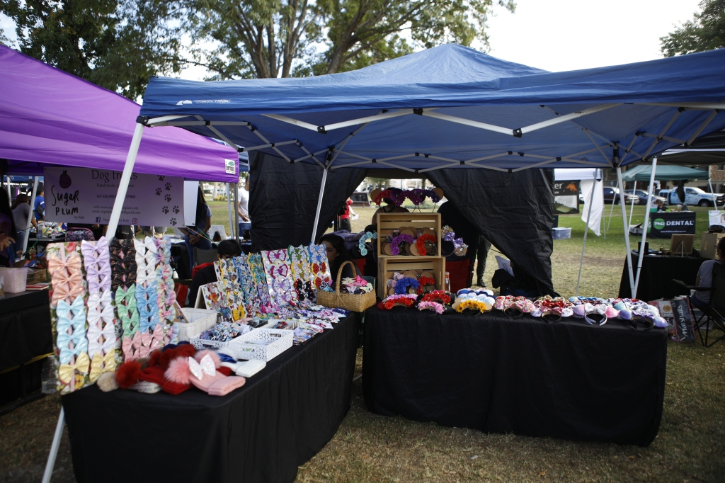 Montebello Pet Fair, Small Business Saturday, November 30, #ShopSmall, Los Angeles, Mamitas Bows